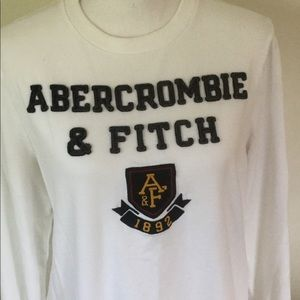 Abercrombie & Fitch Shirts - Abercrombie & Fitch long sleeved tee shirt